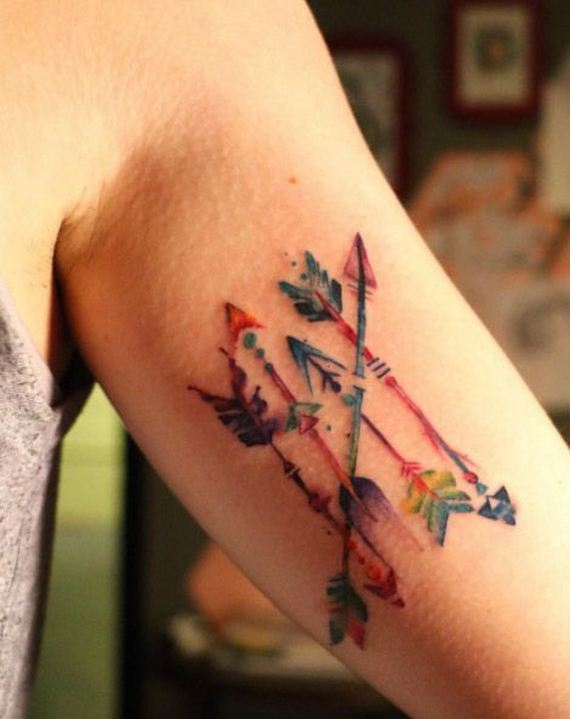 12-amazing-arrow-tattoos-female