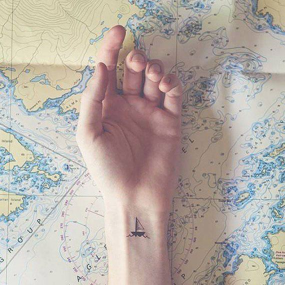 13-tiny-tattoos-you-cant-wait-to-have