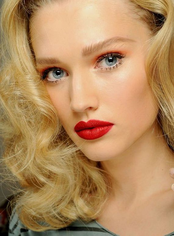 14-magical-red-lipstick