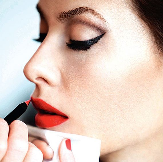 16-magical-red-lipstick