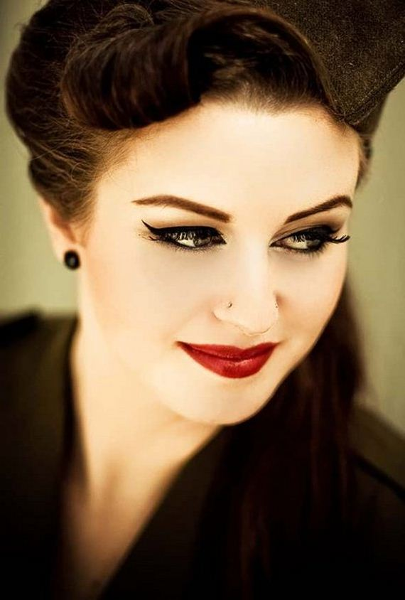 17-magical-red-lipstick