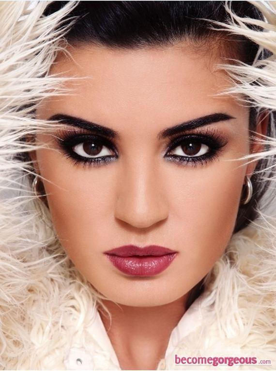 09-sparkly-makeup
