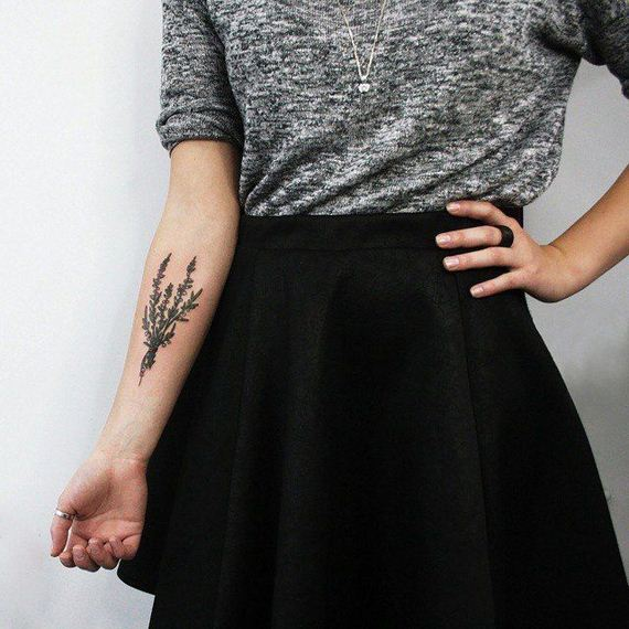 12-pretty-tattoos-women