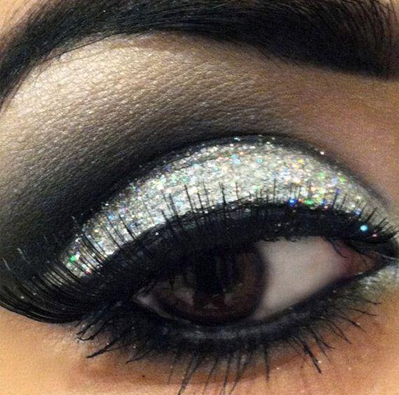 12-sparkly-makeup
