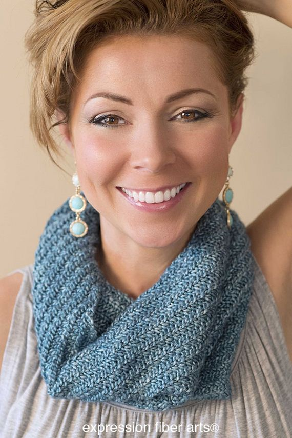 14-warm-knitted-cowls