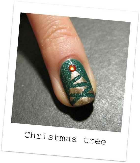 Christmas Tree Nail Art: Awesome Christmas Nail Art DIY Ideas