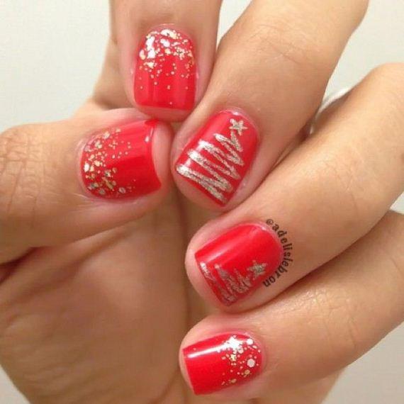 04-cool-christmas-nail-designs