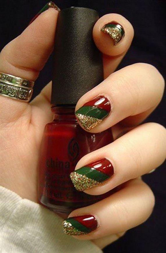 05-cool-christmas-nail-designs
