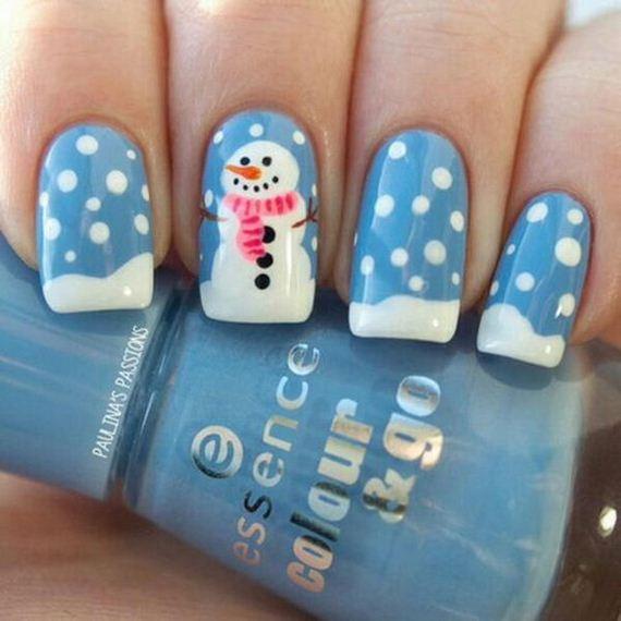 06-cool-christmas-nail-designs