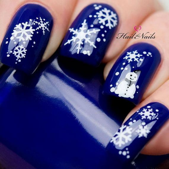 08-cool-snowflake-nail-art-designs