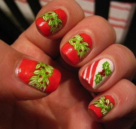 10-cool-christmas-nail-designs