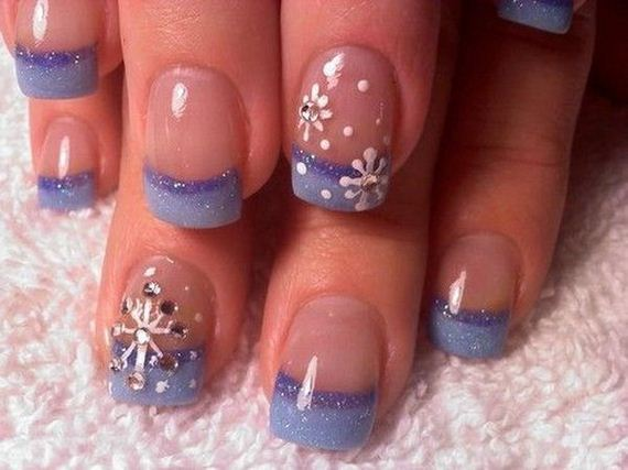 12-cool-snowflake-nail-art-designs