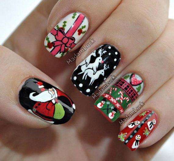 14-cool-christmas-nail-designs