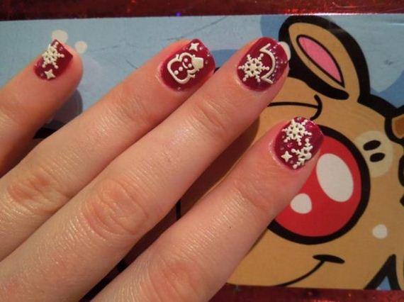 15-cool-christmas-nail-designs