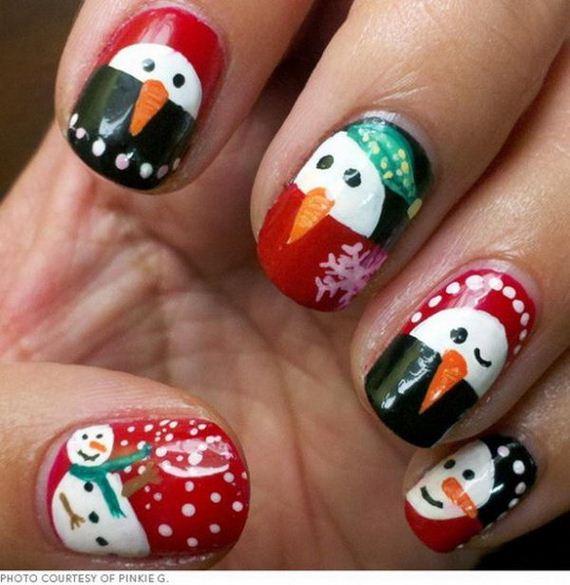 16-cool-christmas-nail-designs