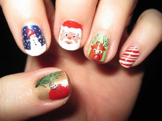 17-cool-christmas-nail-designs