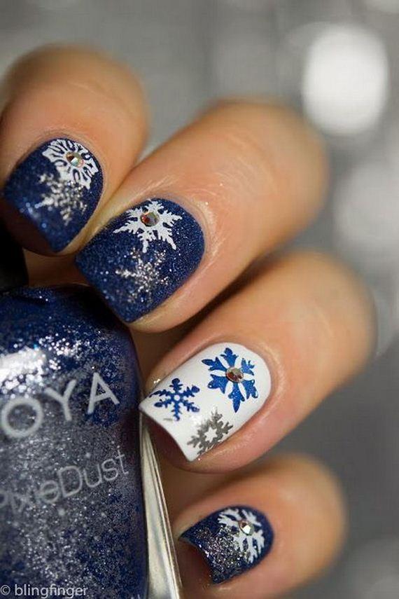18-cool-snowflake-nail-art-designs