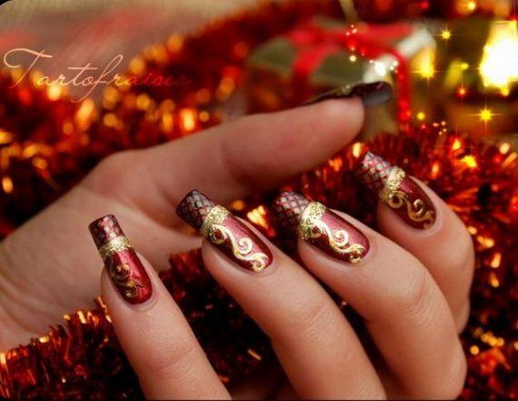 19-cool-christmas-nail-designs