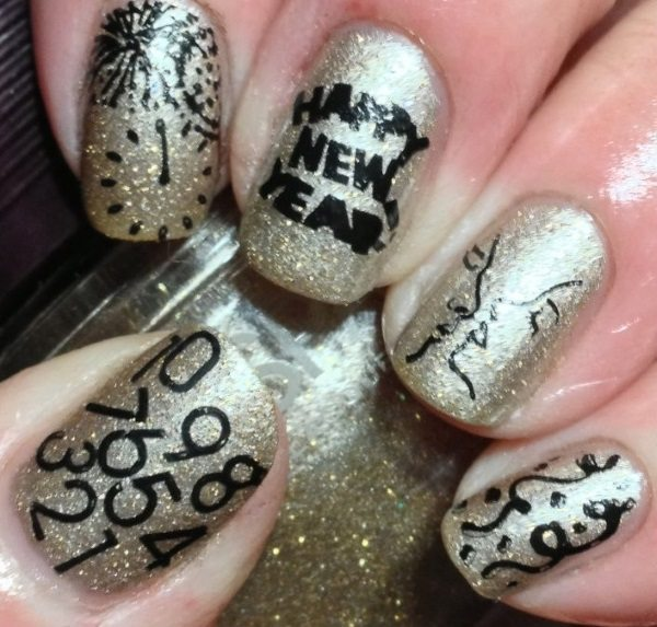 new-year-nail-art-4