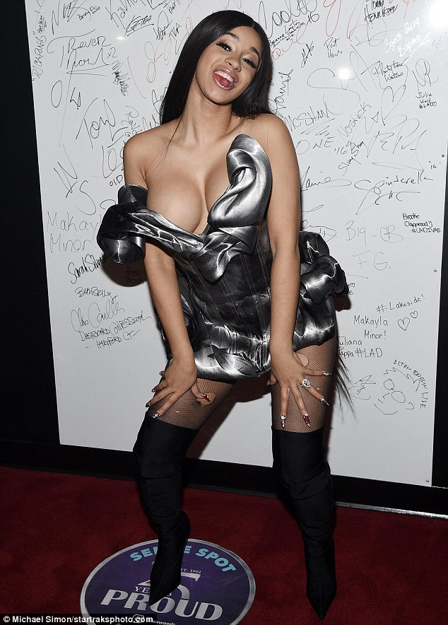 Cardi B No Clothing: The Hottest Cardi B Bikini Photos Are Sexy As Hell