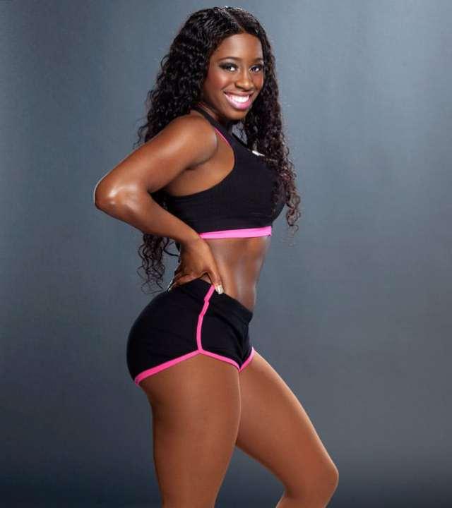 Big Butt Naomi 80