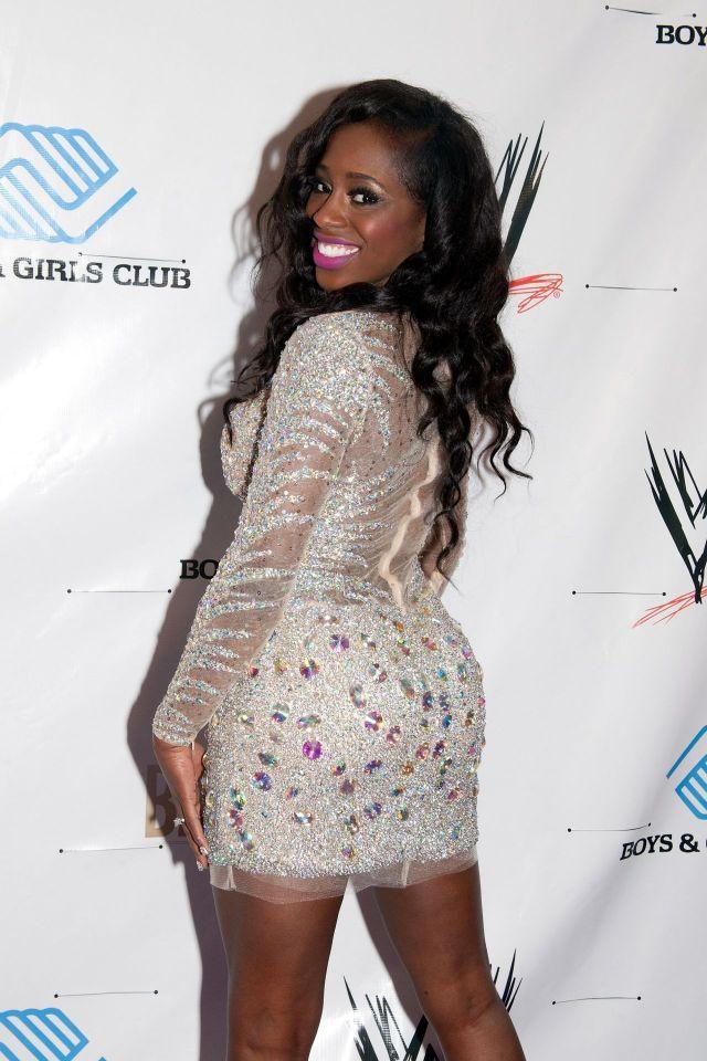 Big Butt Naomi 117