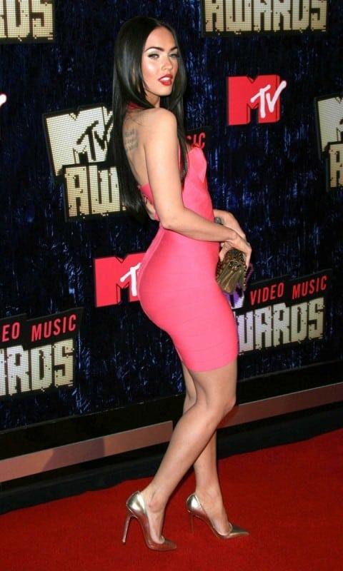 The Hottest Megan Fox Curvy Booty Photos - 12thBlog