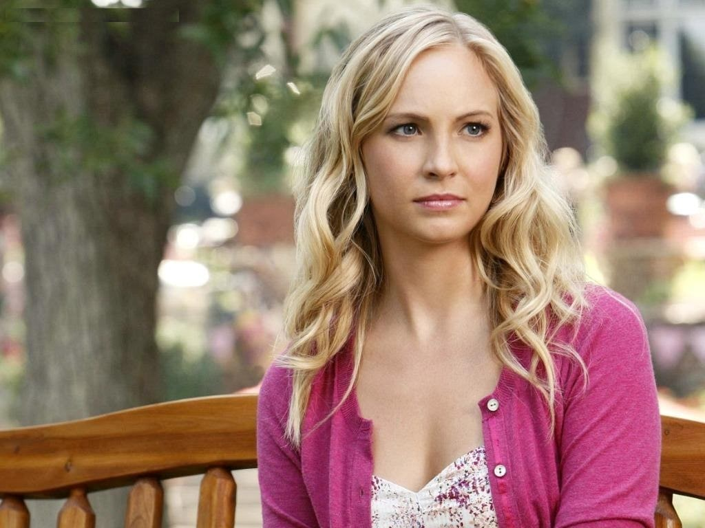 Hot And Sexy Pictures Of Candice King - 12thBlog