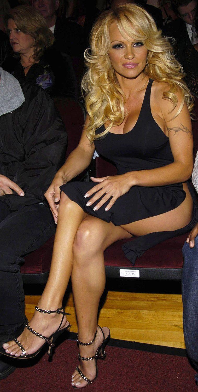 фото ноги памелы андерсон - 9