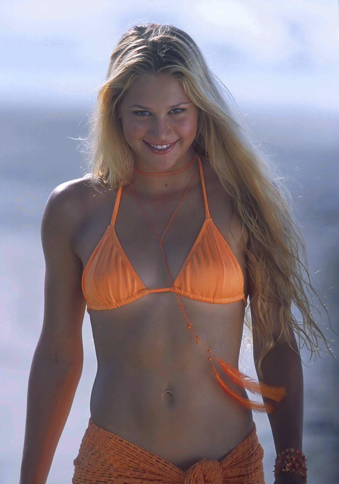 The Hottest Anna Kournikova Photos - 12thBlog