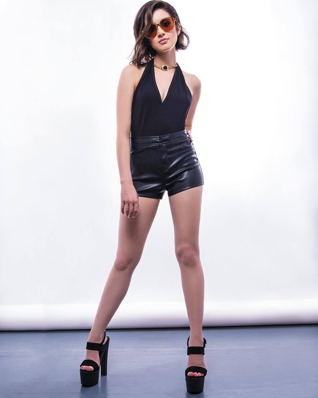 50 Hot Laura Marano Whic Photos - 12Thblog-7137