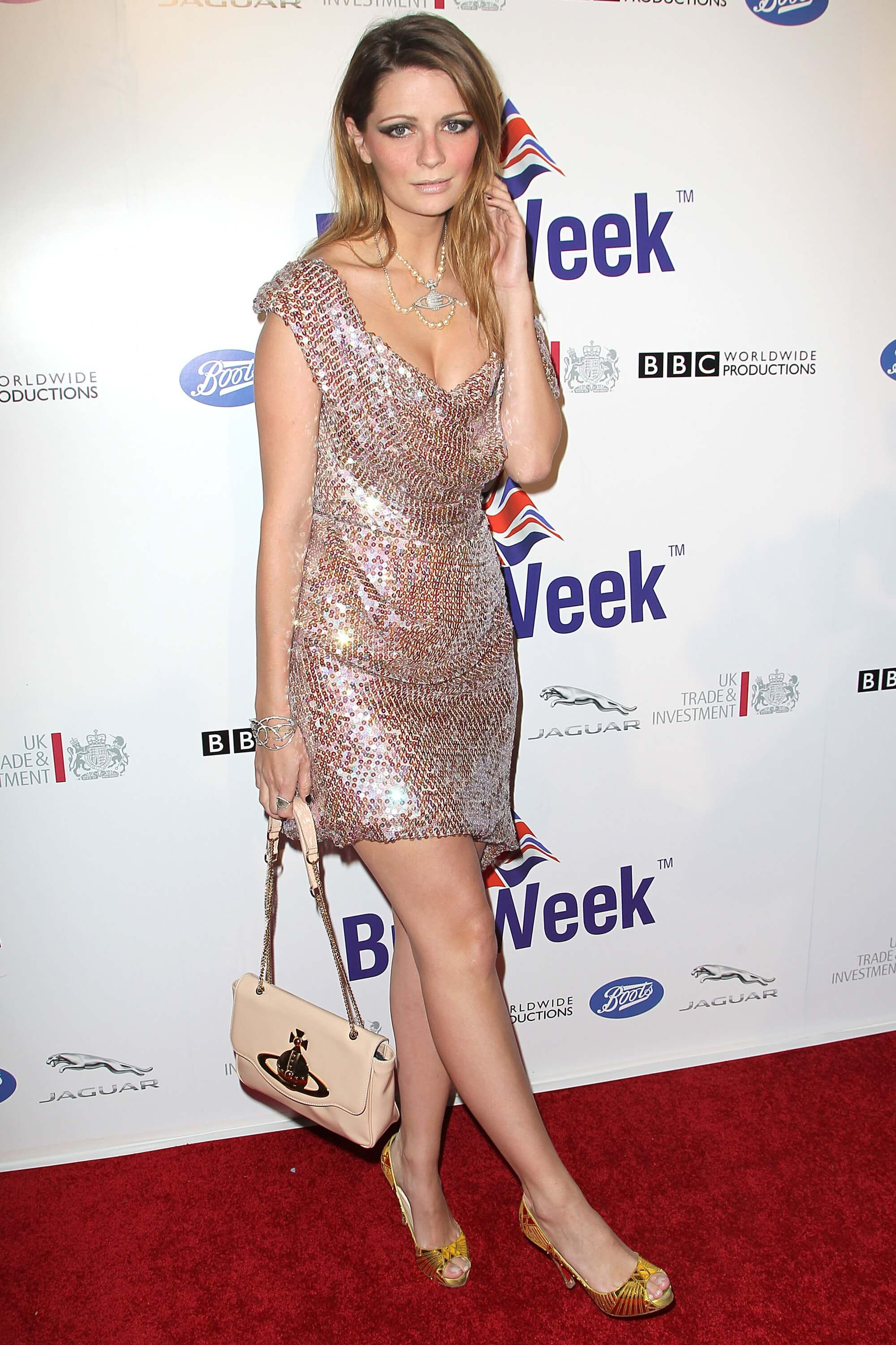 The Hottest Mischa Barton Photos Will Make You To Fall In