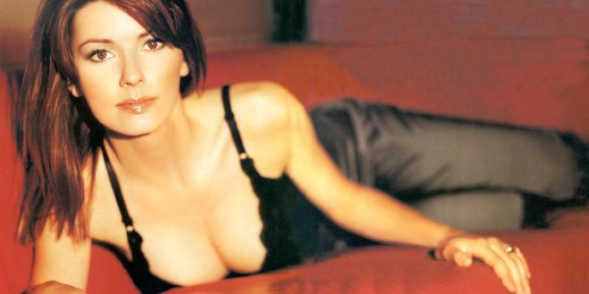 The Hottest Shania Twain Photos