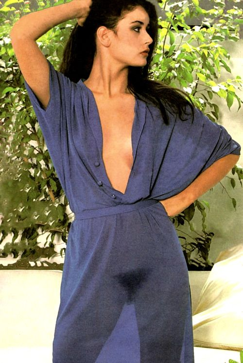 50 Hot Demi Moore Photos - 12thBlog