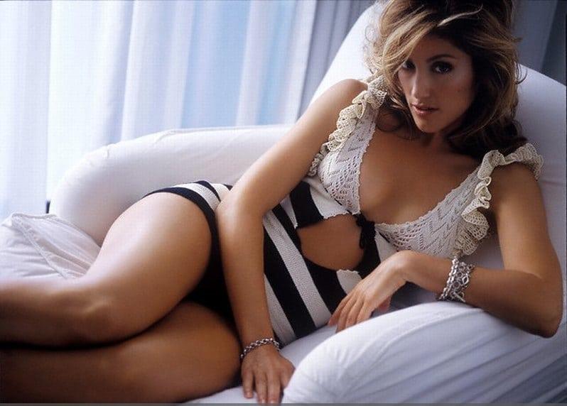 Julia Roberts Nude Nipple And Hot