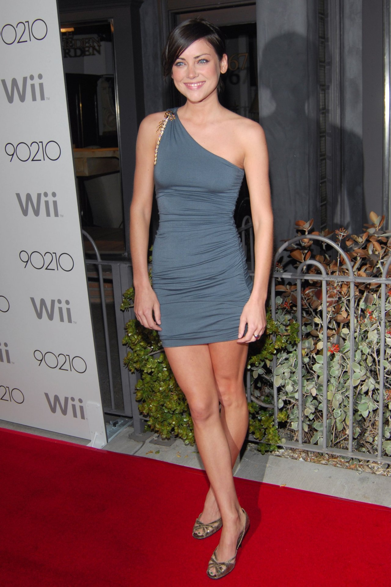 25 Hot Pictures Of Jessica Stroup - Joy Meachum In Iron