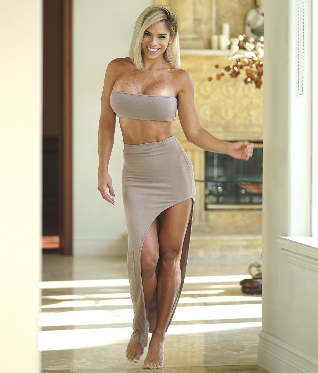 The Hottest Michelle Lewin Photos - 12thBlog