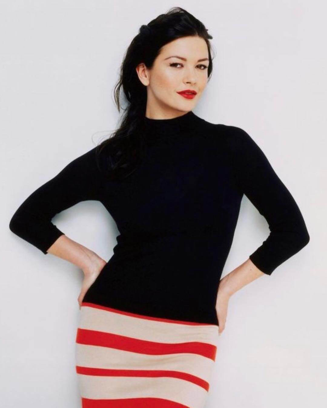 50 Hottest Catherine Zeta-Jones Photos - 12Thblog-9970