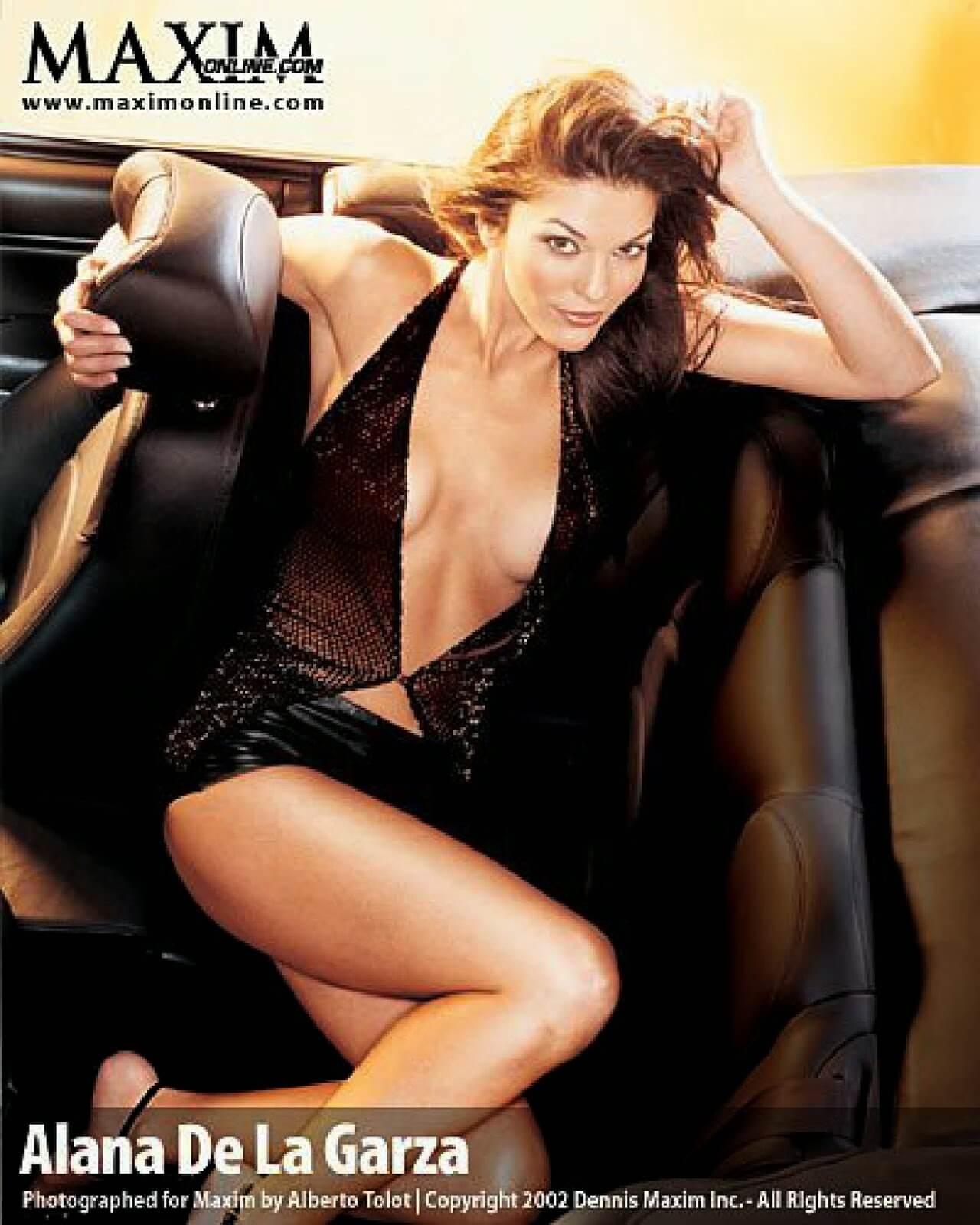 The Hottest Alana de la Garza Photos - 12thBlog