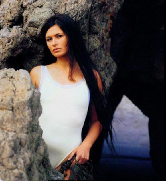 40 Hot And Sexy Photos Of Karina Lombard - 12thBlog