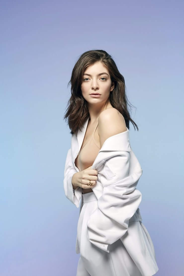 50 Hot Lorde Photos Will Make Your Day Even Better - 12thBlog