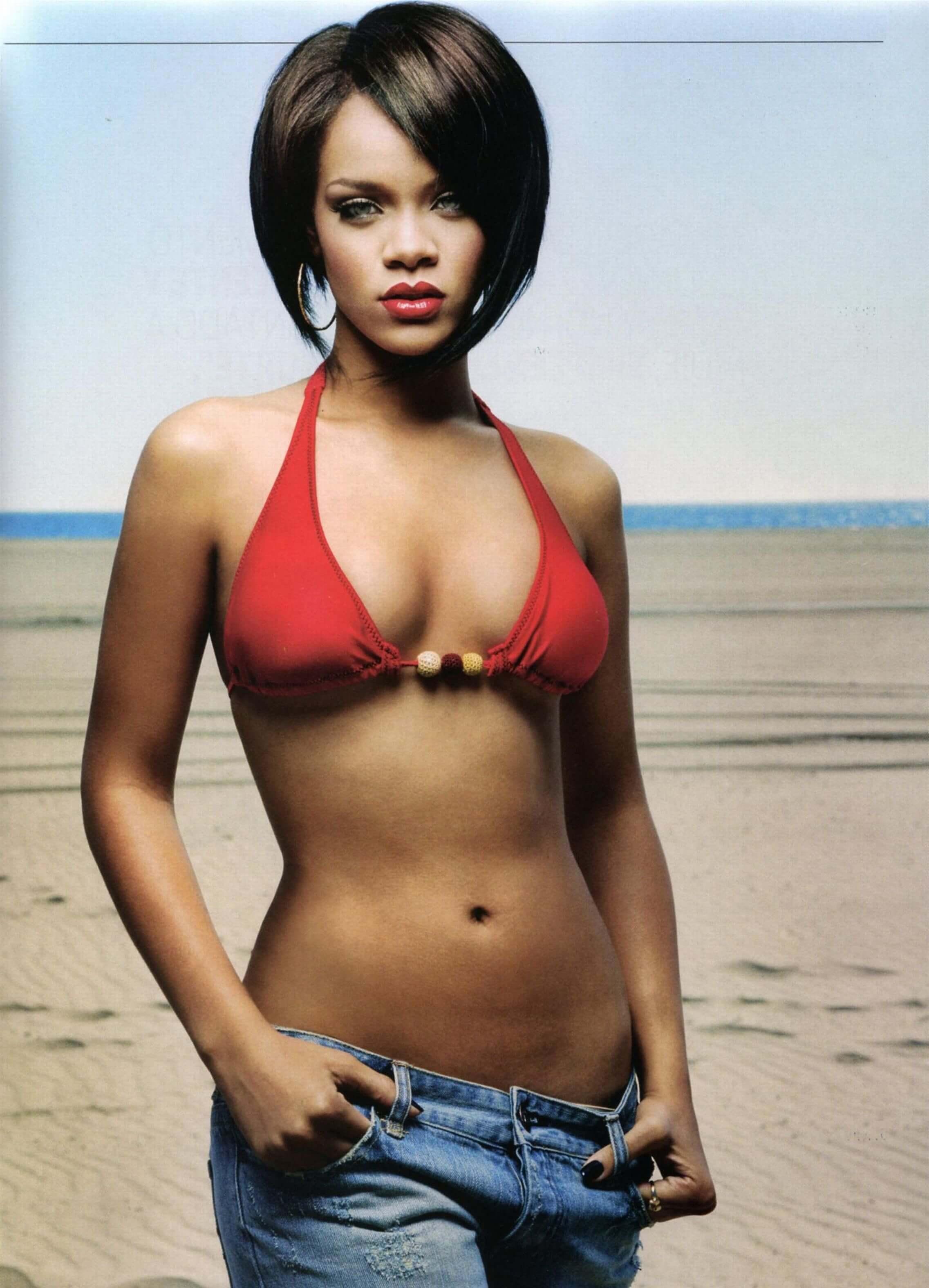 50 Hot And Sexy Rihanna Photos Around The Net - 12thBlog