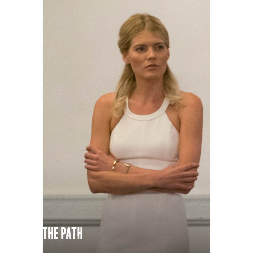 The Hottest Emma Greenwell Photos Around The Net - 12thBlog