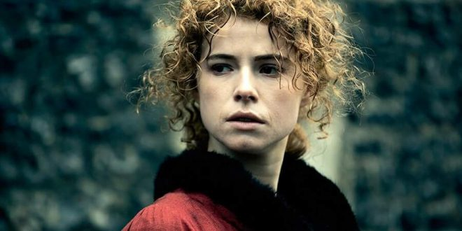 50 Hot Jessie Buckley Photos Will Make Your Day Better