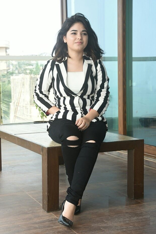 50 Hot And Sexy Zaira Wasim Photos 12thblog