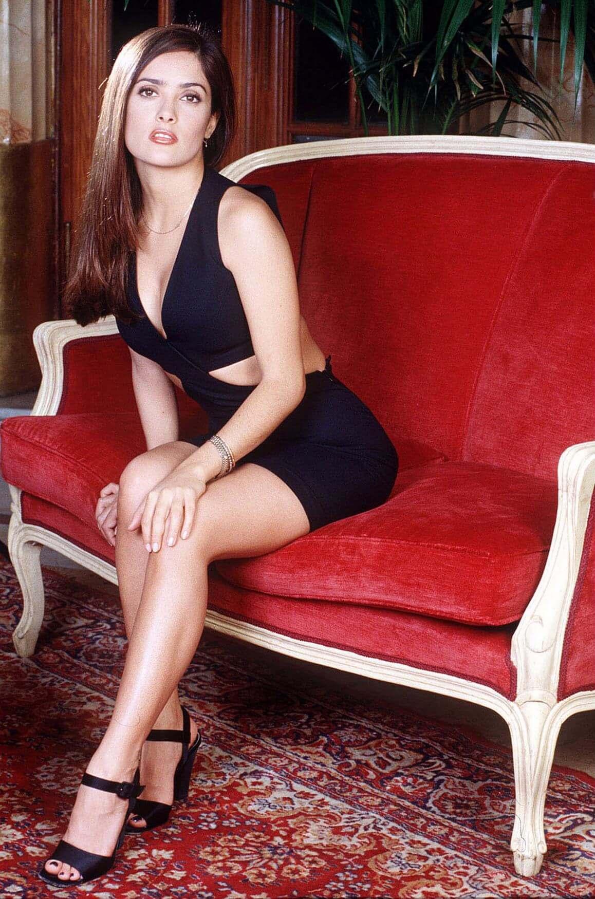 50 Hot Salma Hayek Photos Will Make YOur Day Better - 12thBlog