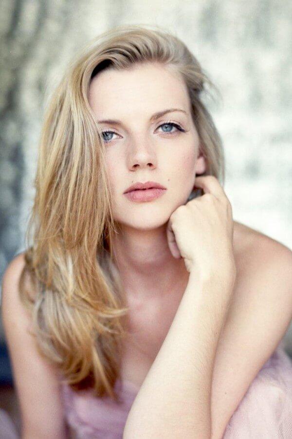 The Hottest Kara Killmer Photos Around The World - 12thBlog