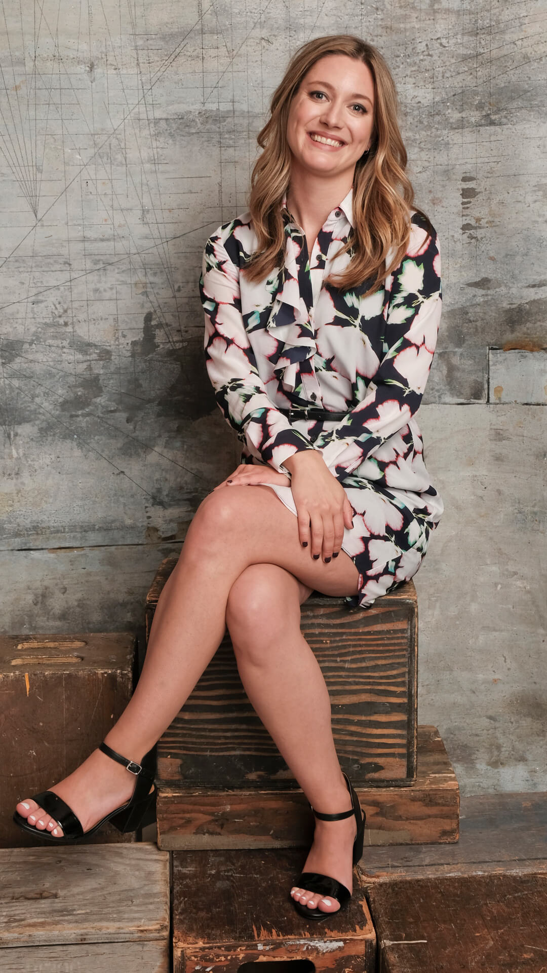 The Hottest Zoe Perry Photos Around The Net - 12thBlog