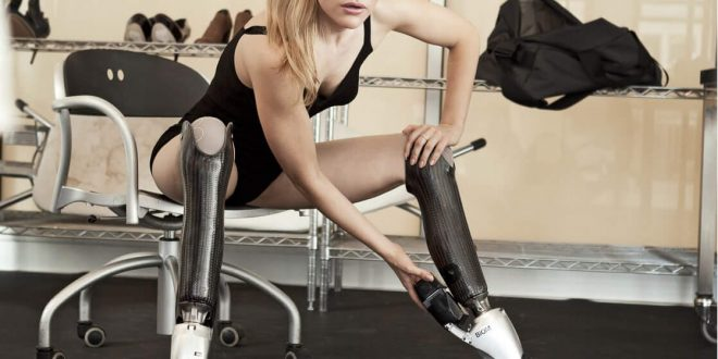 50 Hot Aimee Mullins Photos Will Make You Feel Better