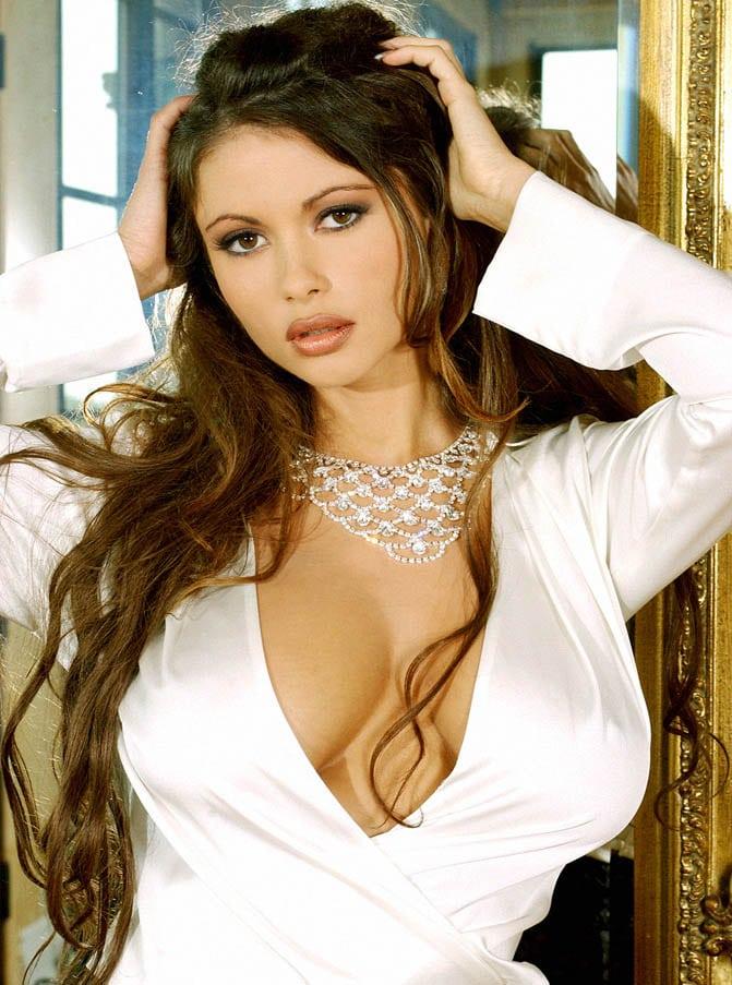The Hottest Veronika Zemanová Photos - 12thBlog